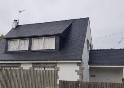 Résultat application résine colorée sur toiture ardoises à Locmariaquer