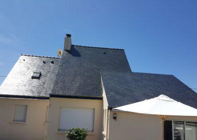 Résultat application résine incolore sur toiture à Quiberon